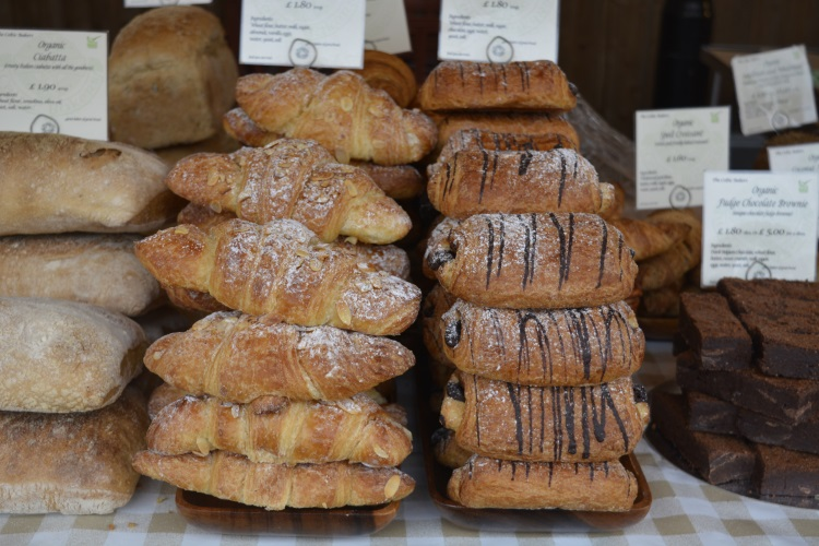 Baked goods like Croissant and Pain Au Chocolat at The Sidings N21