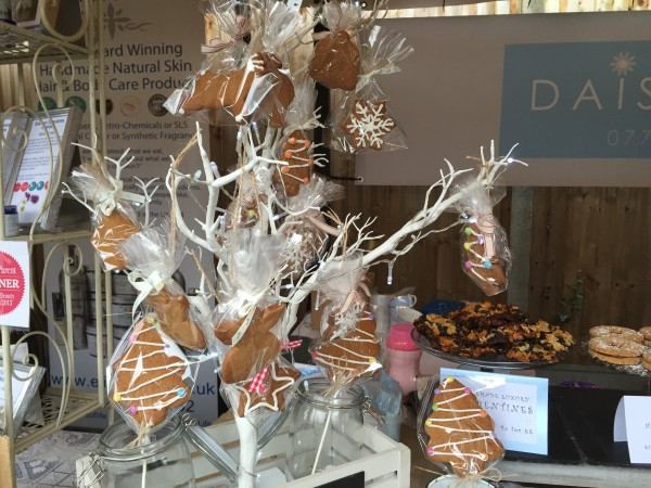 daisy bakes cookie tree