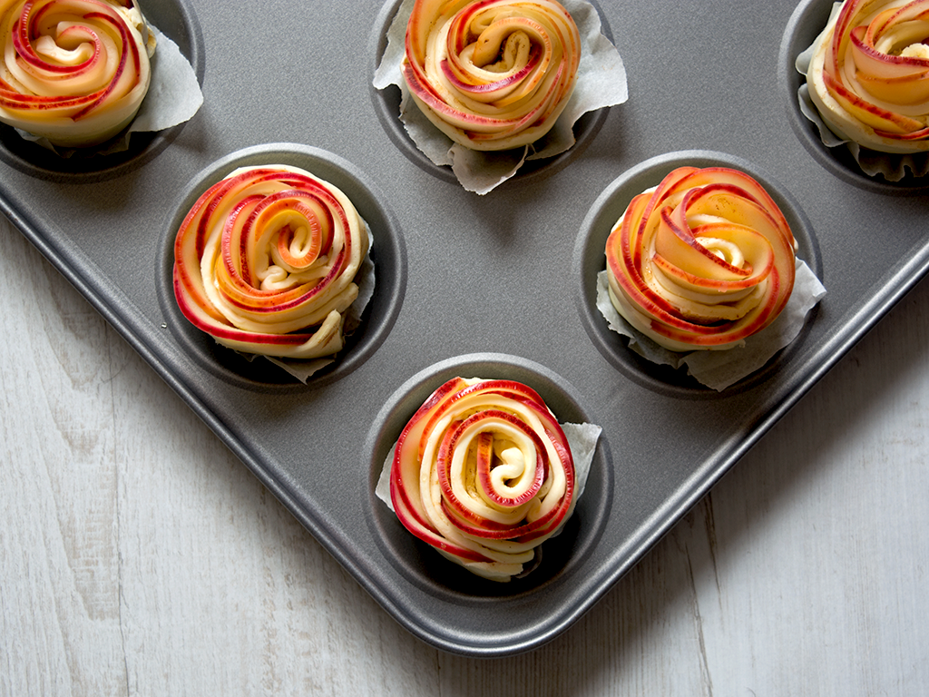 Apple-roses---overhead-before-bake-(landscape-crop)